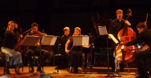 Ensemble Airco in Theater De Vest